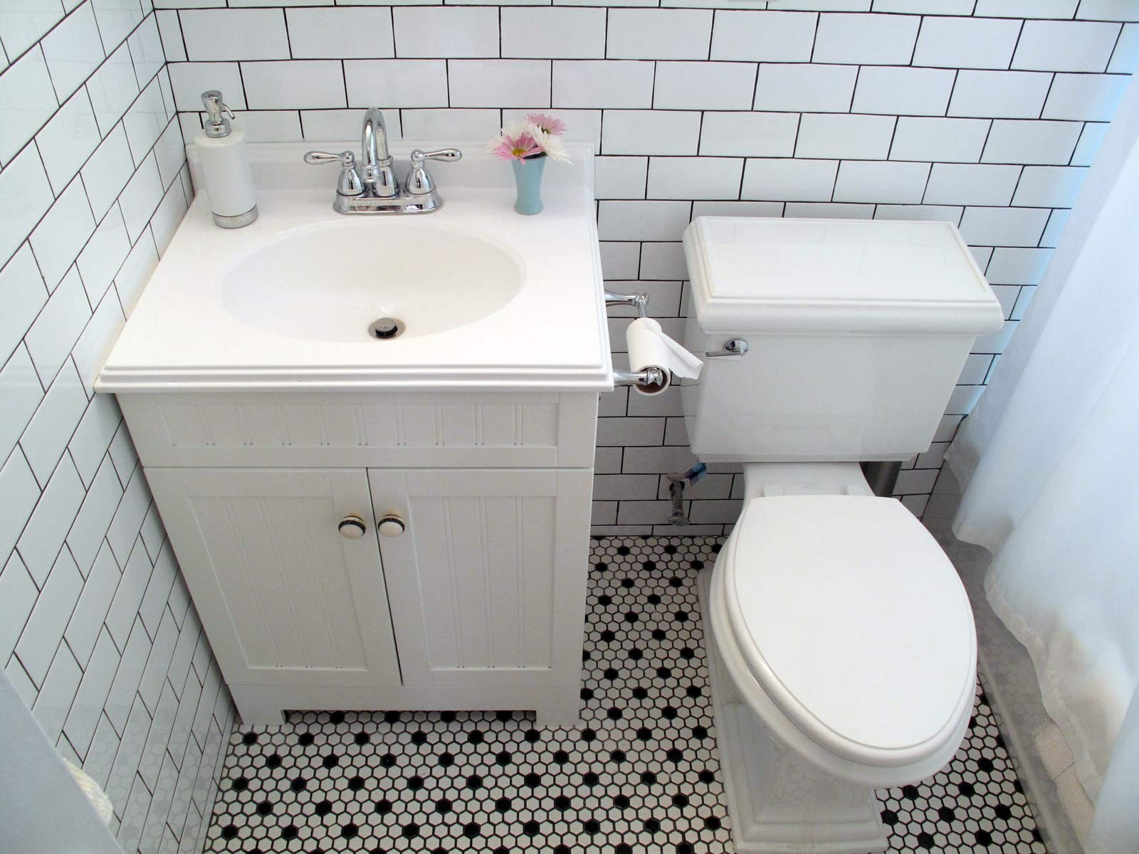 Best Of Black and White Bathroom Tile Inspiration - Bathroom Design ...