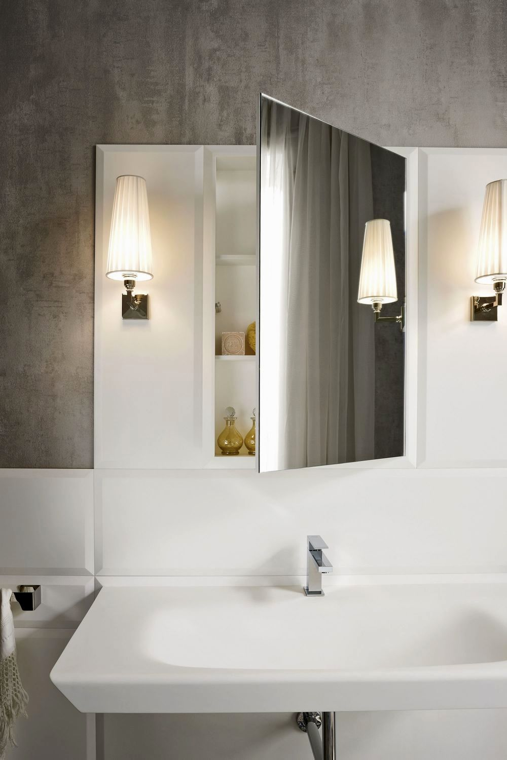 excellent bathroom mirror frames collection-Amazing Bathroom Mirror Frames Ideas