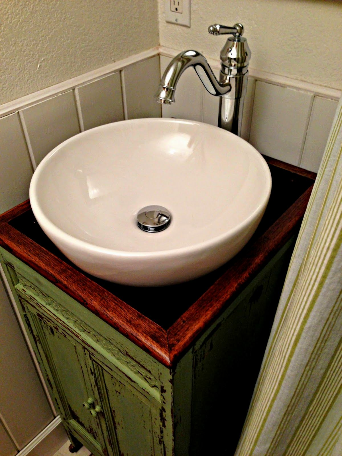 excellent floating bathroom vanity pattern-Amazing Floating Bathroom Vanity Construction