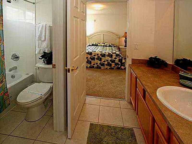 lovely jack and jill bathroom décor-Amazing Jack and Jill Bathroom Online