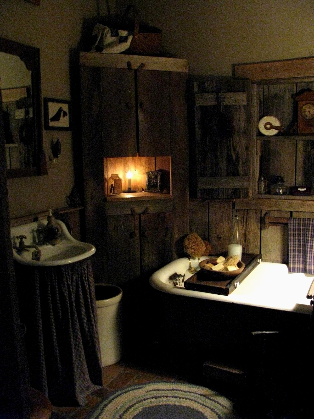 stylish primitive bathroom decor pattern bathroom design ideas rh bridgeportbenedumfestival com Primitive Bathroom Decor Country Crafts Catalogs