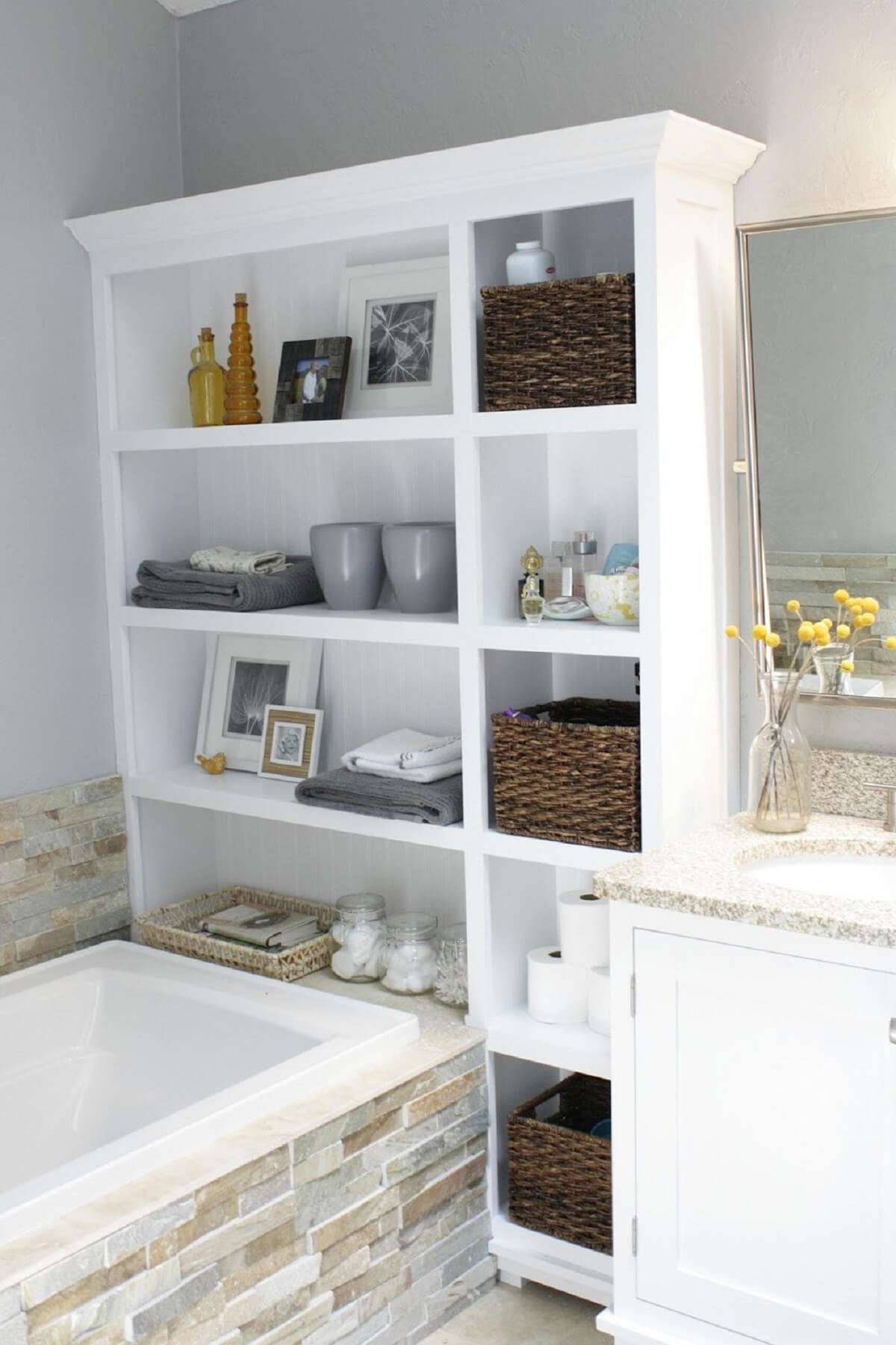 Best Small Bathroom Storage Layout - Bathroom Design Ideas Gallery ...