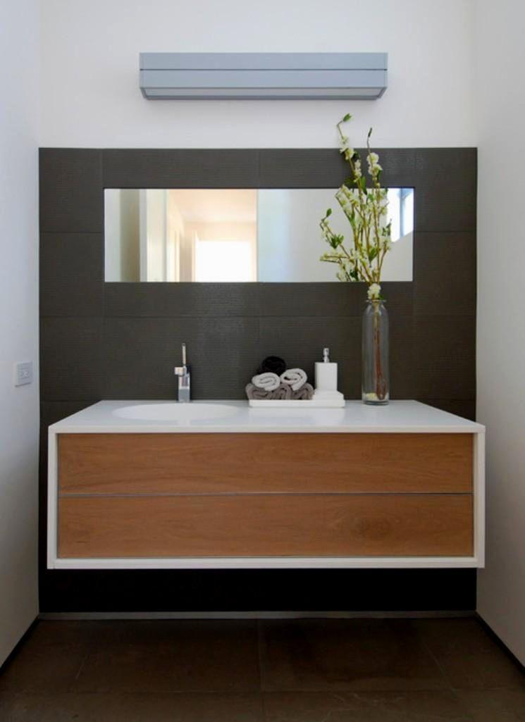 stunning wall mounted bathroom cabinets ideas-Awesome Wall Mounted Bathroom Cabinets Layout