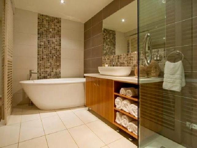 awesome bathroom tub tile image-Excellent Bathroom Tub Tile Wallpaper