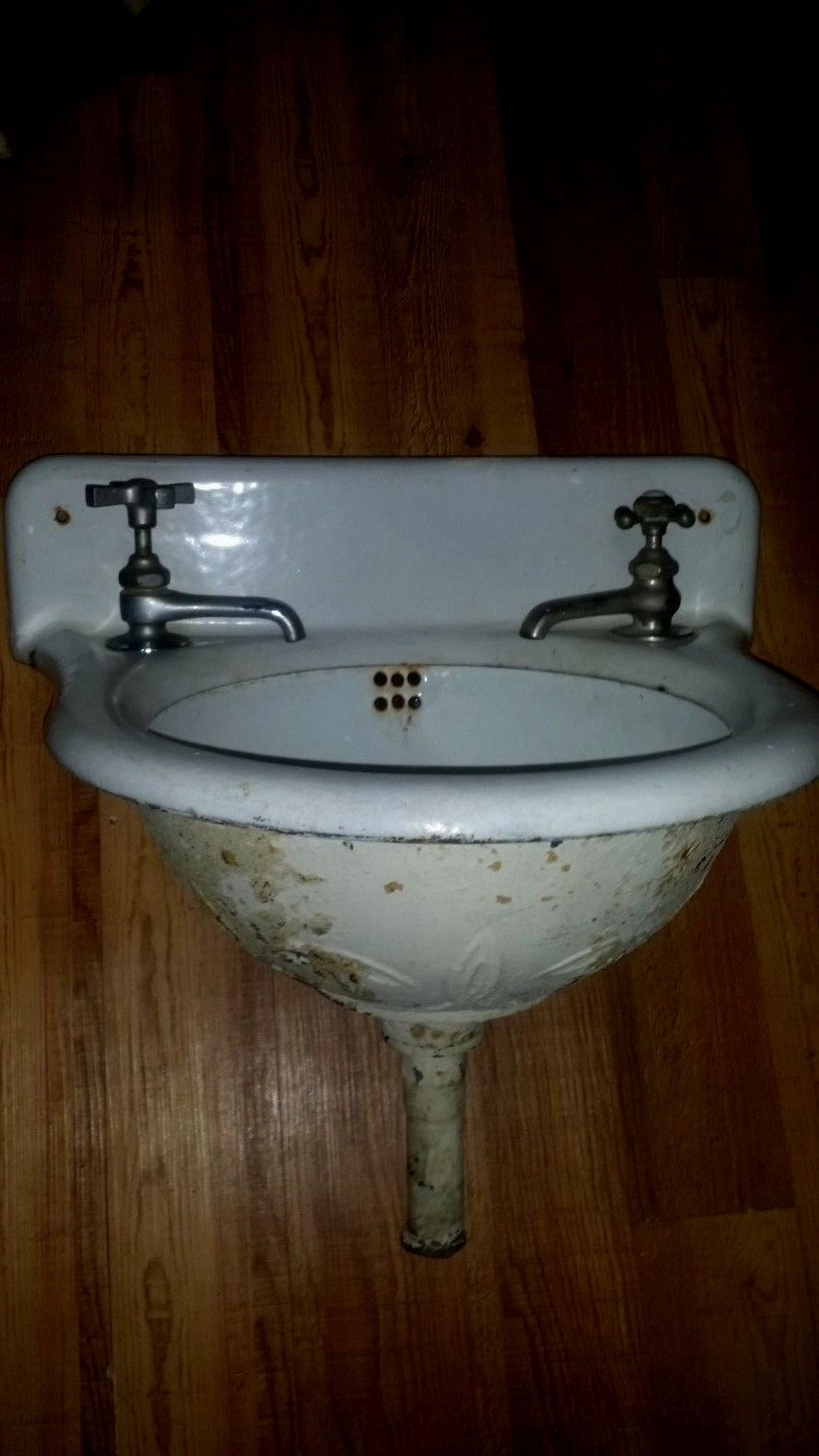 awesome cast iron bathroom sink image-Superb Cast Iron Bathroom Sink Layout