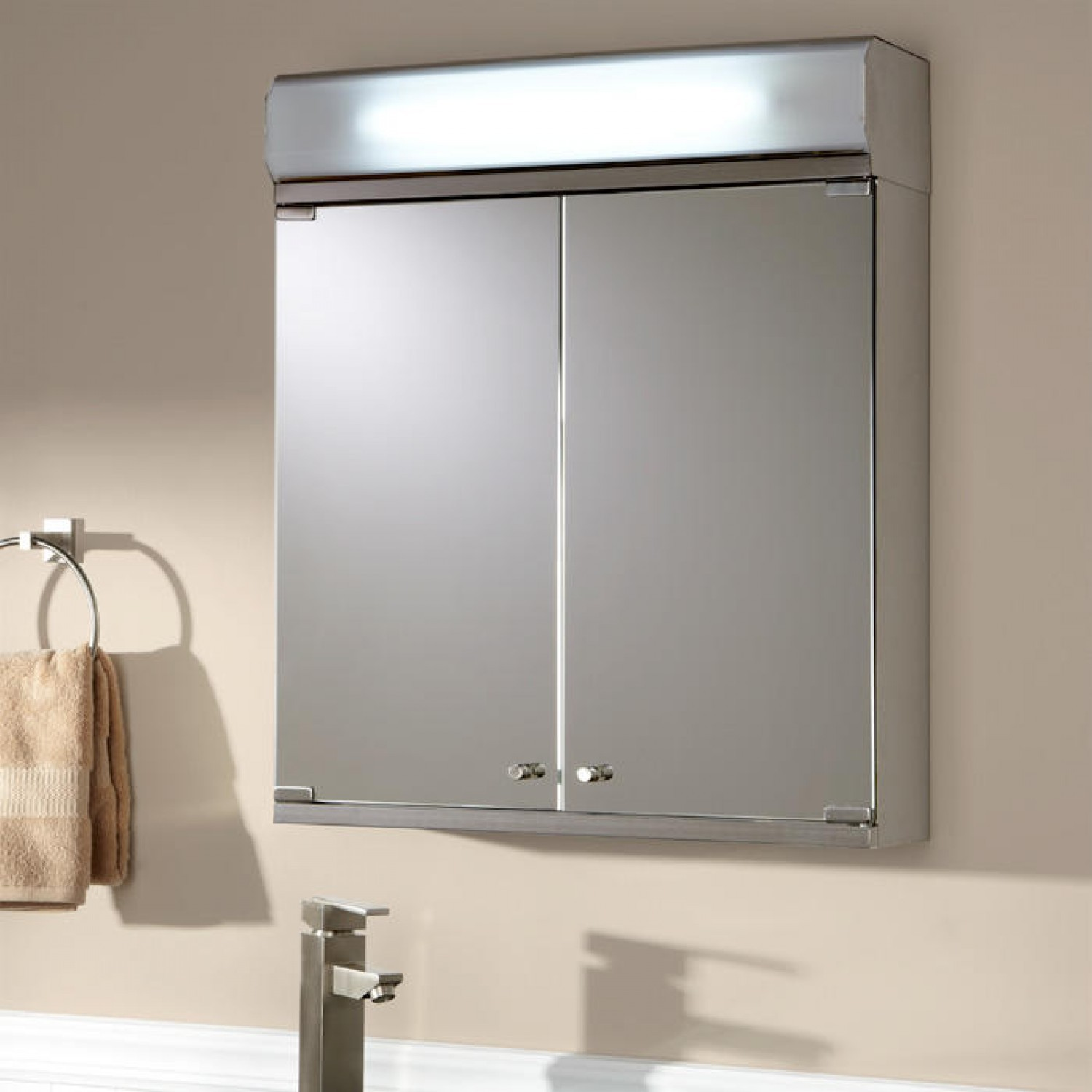 Bathroom Medicine Cabinets with Lights Awesome Bathroom Medicine Cabinets Mirrors Lights Bathroom Mirrors Decoration