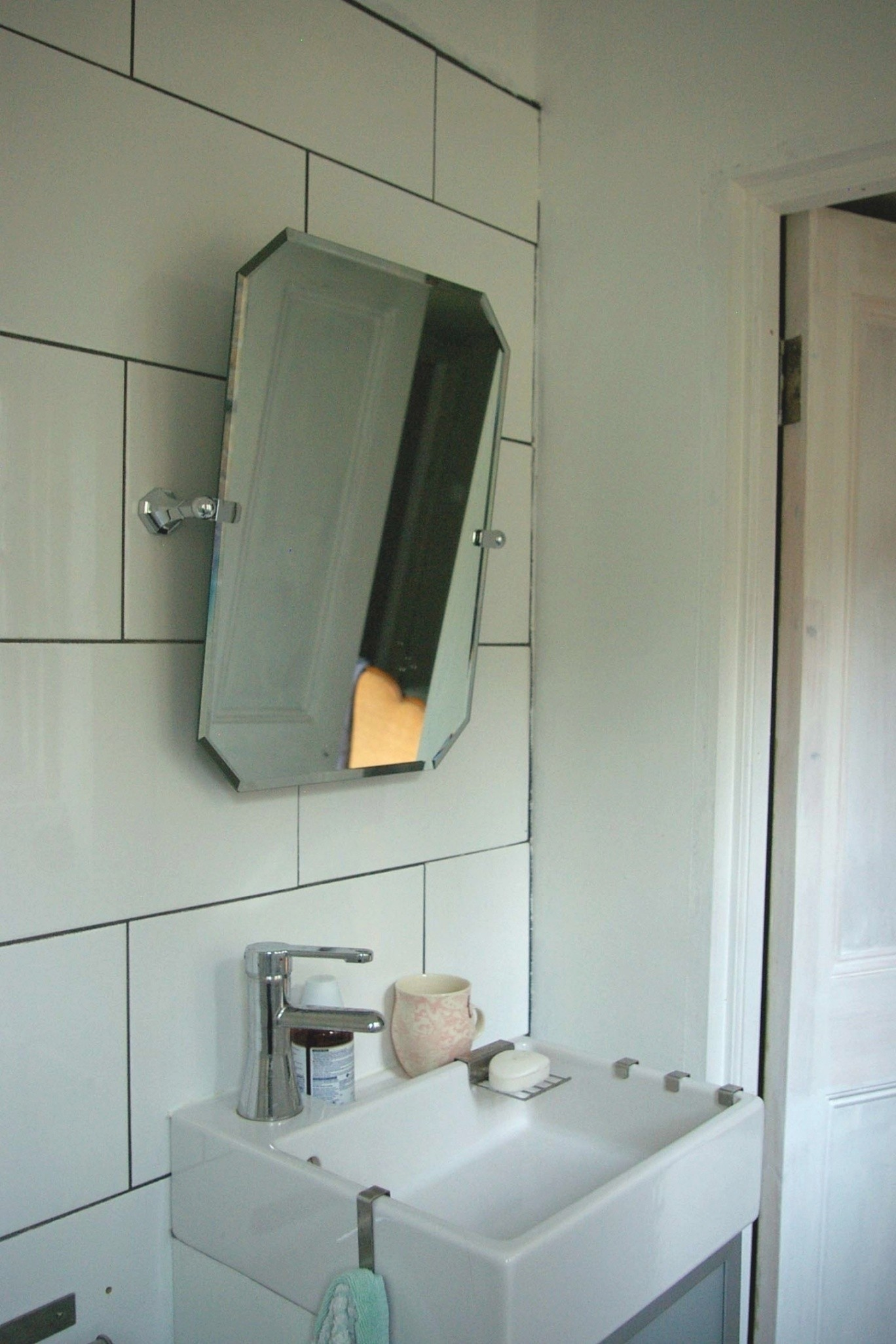 Bathroom Pivot Mirror Stunning Bathroom Pivot Mirror Bathroom Creative Bathroom Pivot Mirror Inspiration