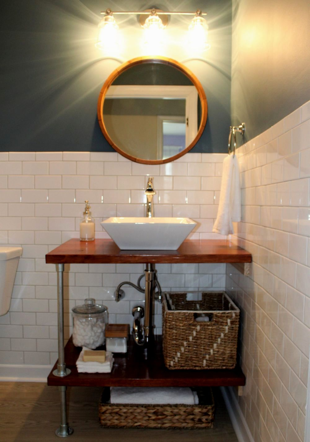 beautiful furniture bathroom vanity image-Amazing Furniture Bathroom Vanity Concept