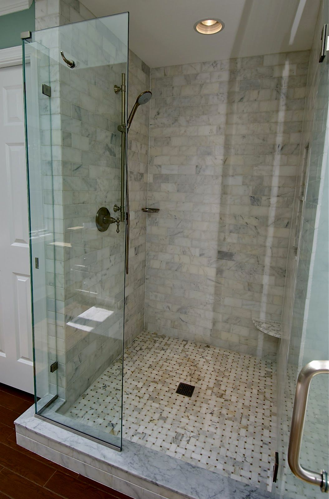 best of modern faucet bathroom ideas-Lovely Modern Faucet Bathroom Wallpaper