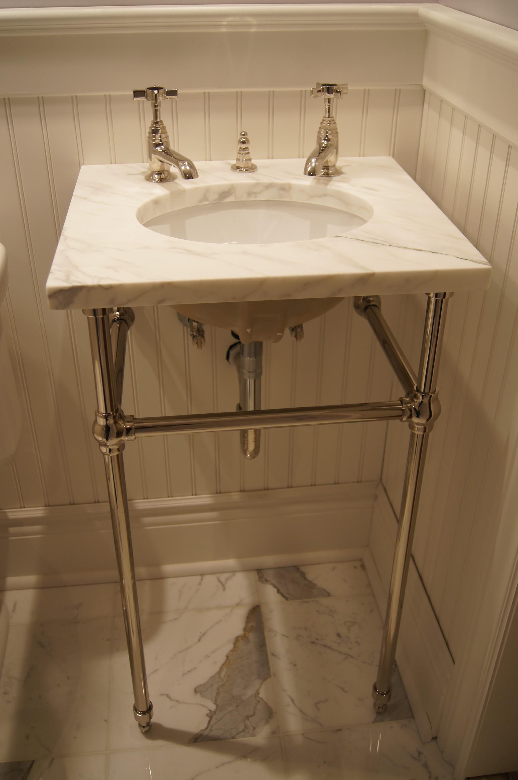 Fresh Console Sinks For Small Bathrooms Gallery Bathroom Design