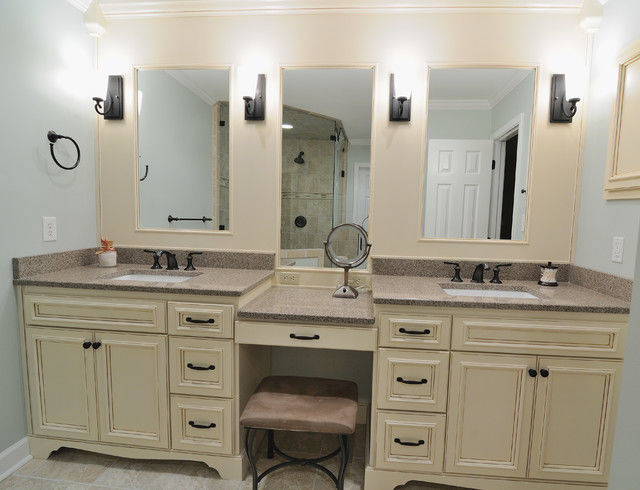 contemporary bathroom vanity with makeup station photo-Excellent Bathroom Vanity with Makeup Station Layout