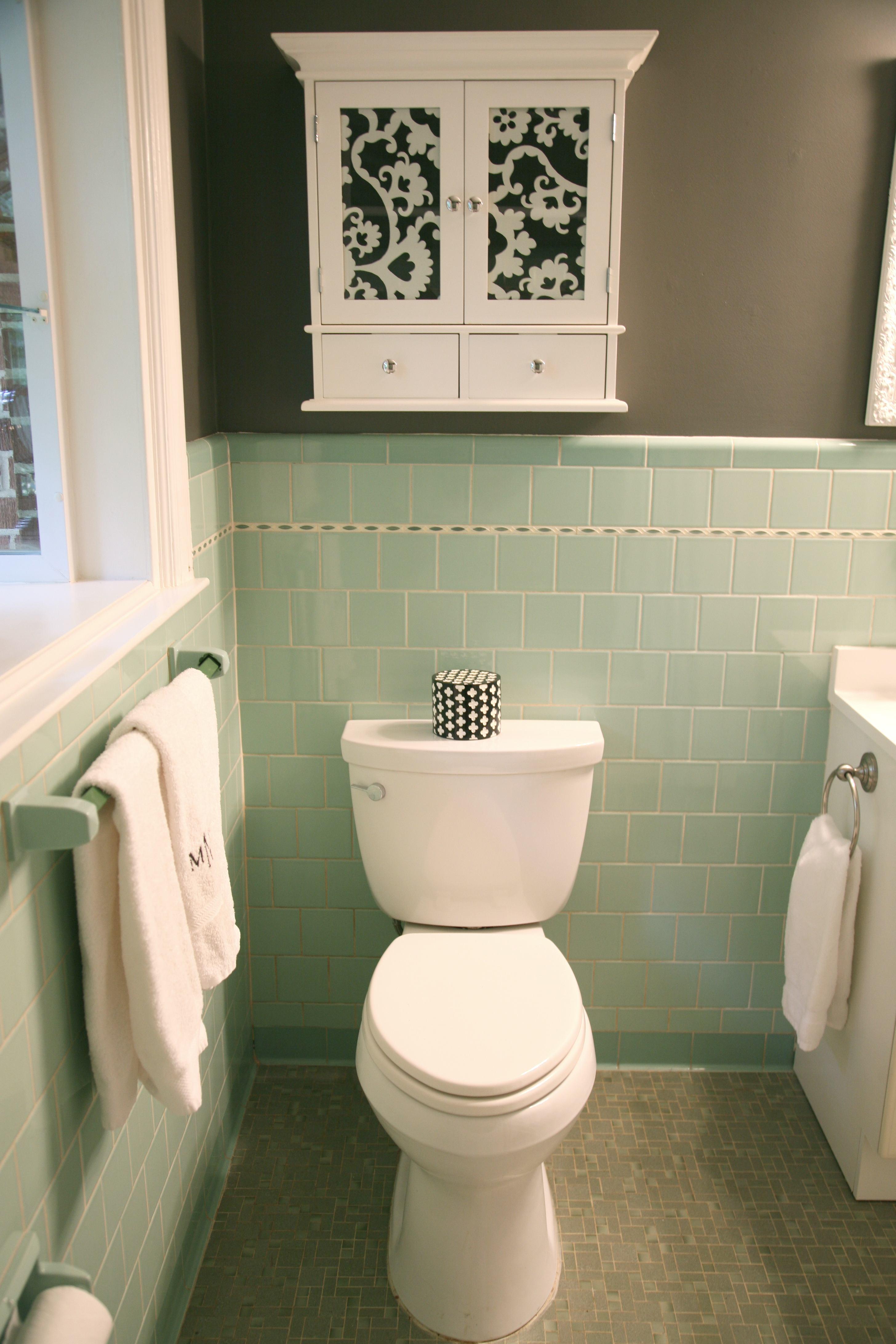 cute gray and brown bathroom pattern-Elegant Gray and Brown Bathroom Inspiration