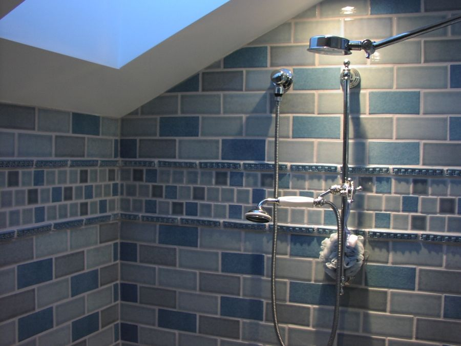 fancy blue glass tile bathroom online-Amazing Blue Glass Tile Bathroom Photograph