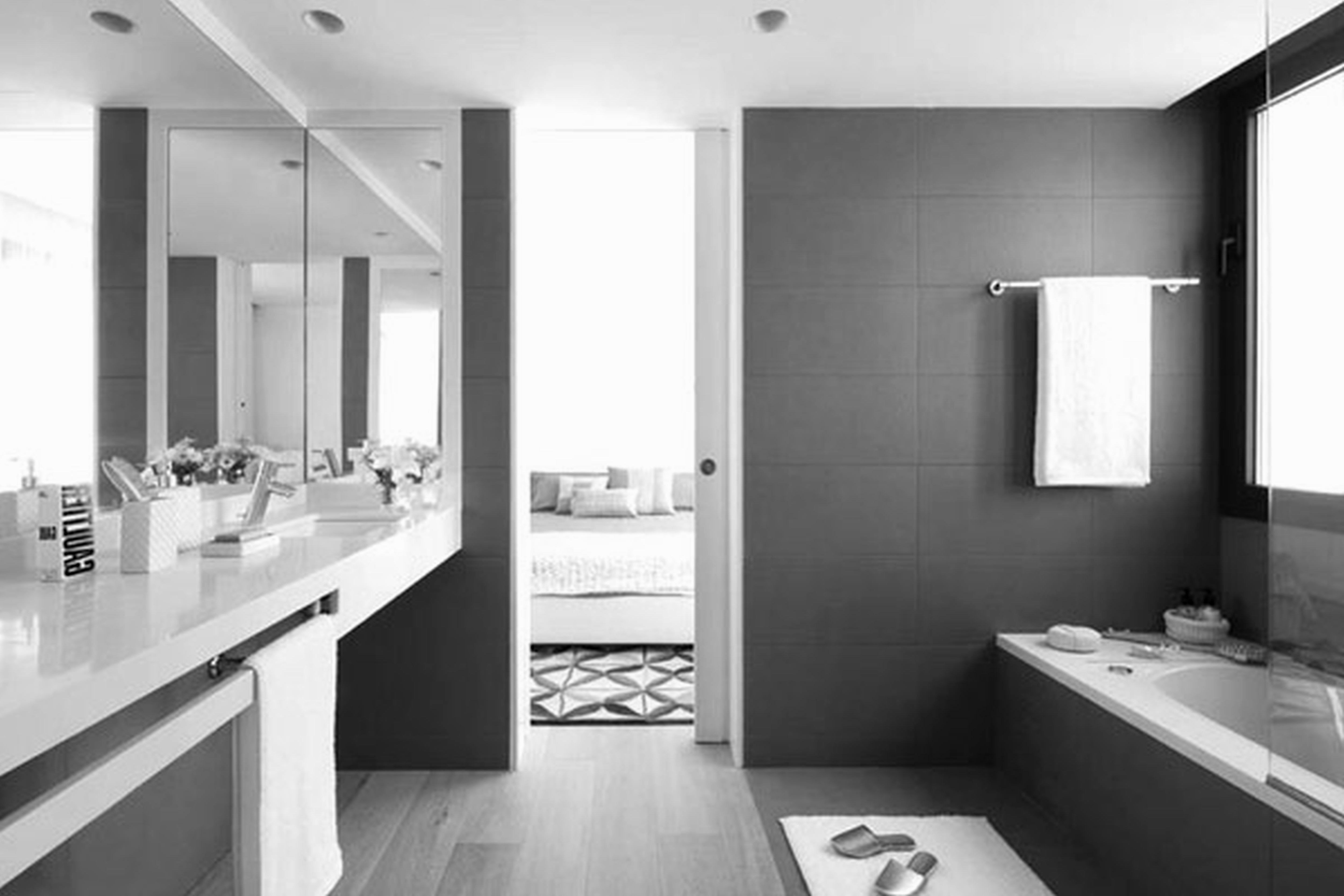 Cool And Sophisticated Designs For Gray Bathrooms: Cool Purple And Grey Bathroom Picture