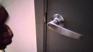 How to Unlock Bathroom Door Cool How to Unlock Locked Bathroom Door Pen Refill Picture