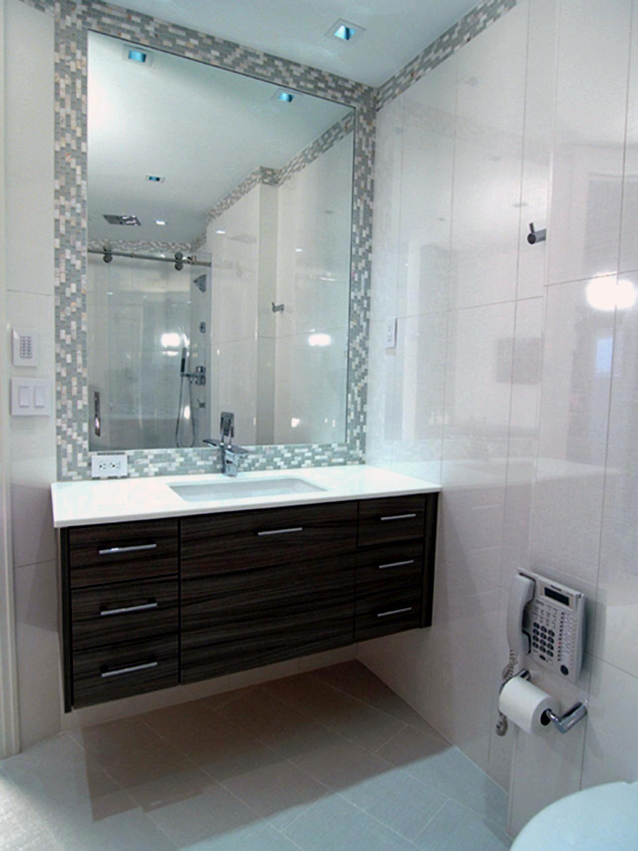Fascinating Grey Tile Bathroom Wallpaper - Bathroom Design Ideas ...