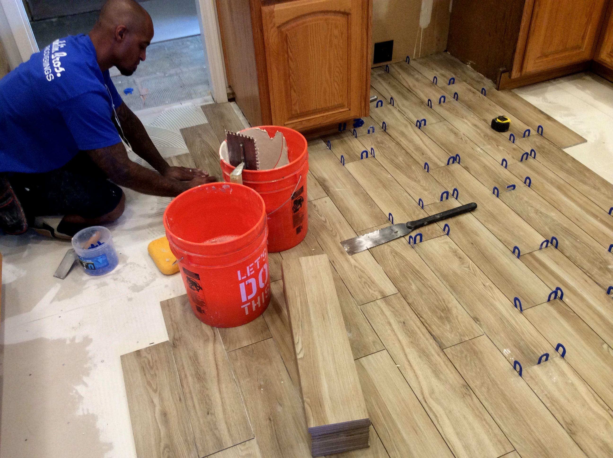 lovely white tile bathroom floor photo-Excellent White Tile Bathroom Floor Pattern
