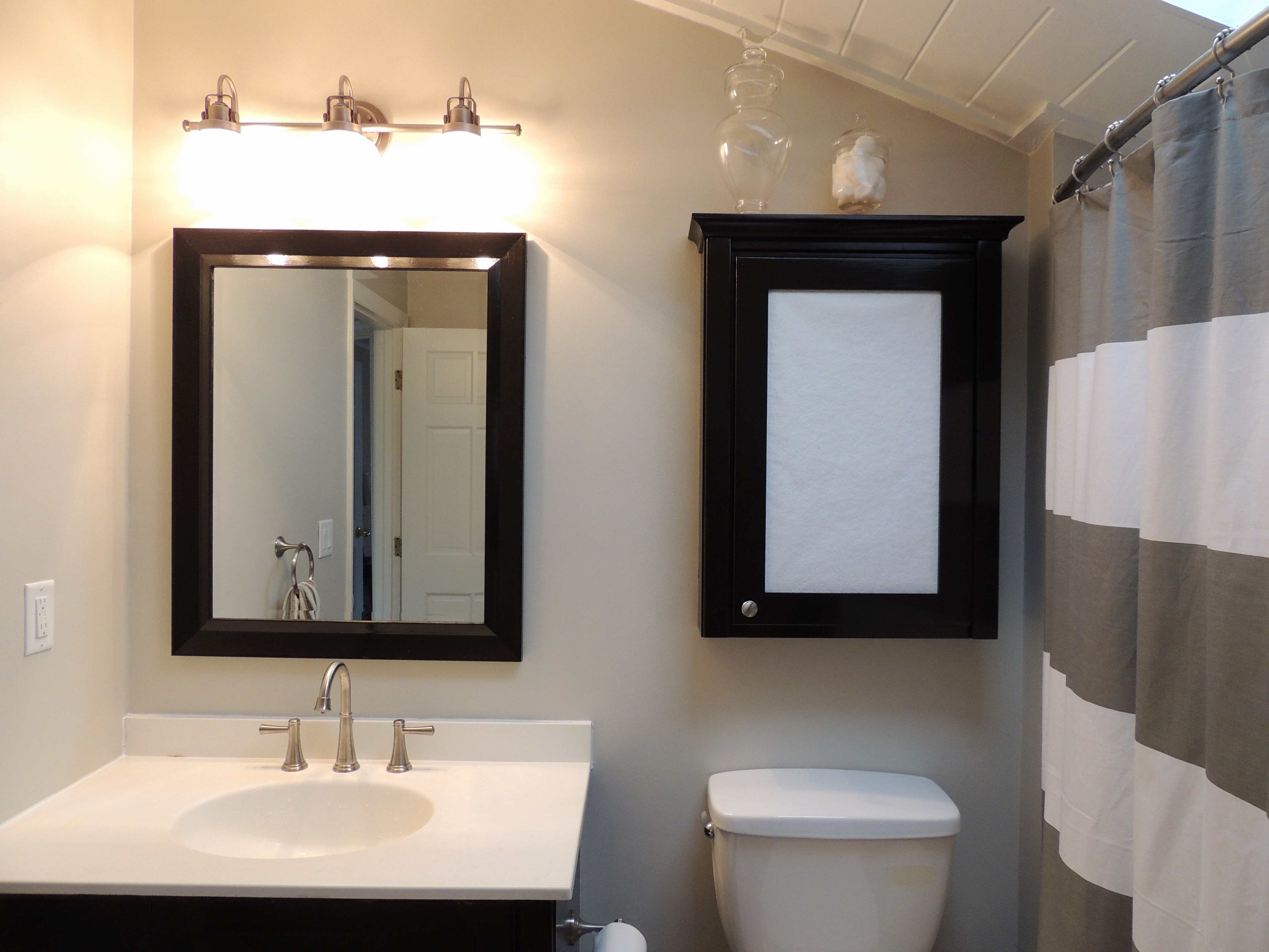 Merveilleux Stunning Lowes Bathroom Vanity Mirrors Photo U2013 When Exploring Numerous  Outside A Few Ideas, It Is Essential To Keep In Mind You Can Find Different  Stages ...