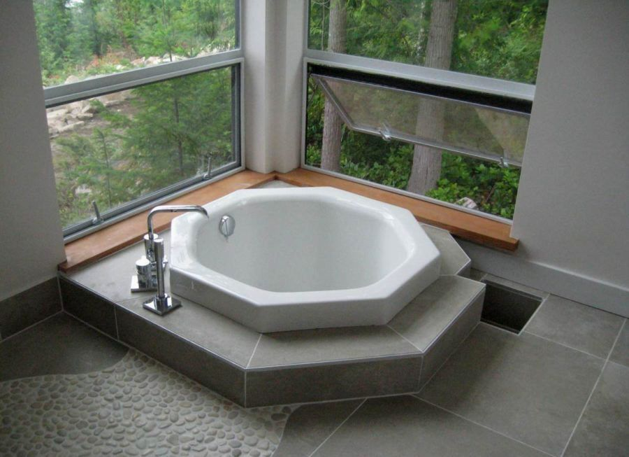 Amazing Japanese soaking Tubs for Small Bathrooms Gallery ...