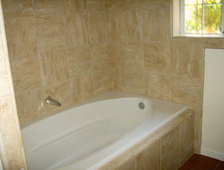 sensational bathroom tub tile décor-Excellent Bathroom Tub Tile Wallpaper