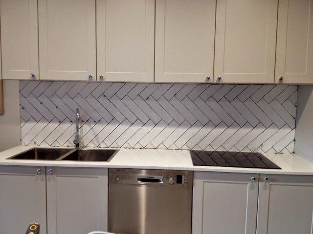 sensational small bathroom tiles design online-Contemporary Small Bathroom Tiles Design Architecture