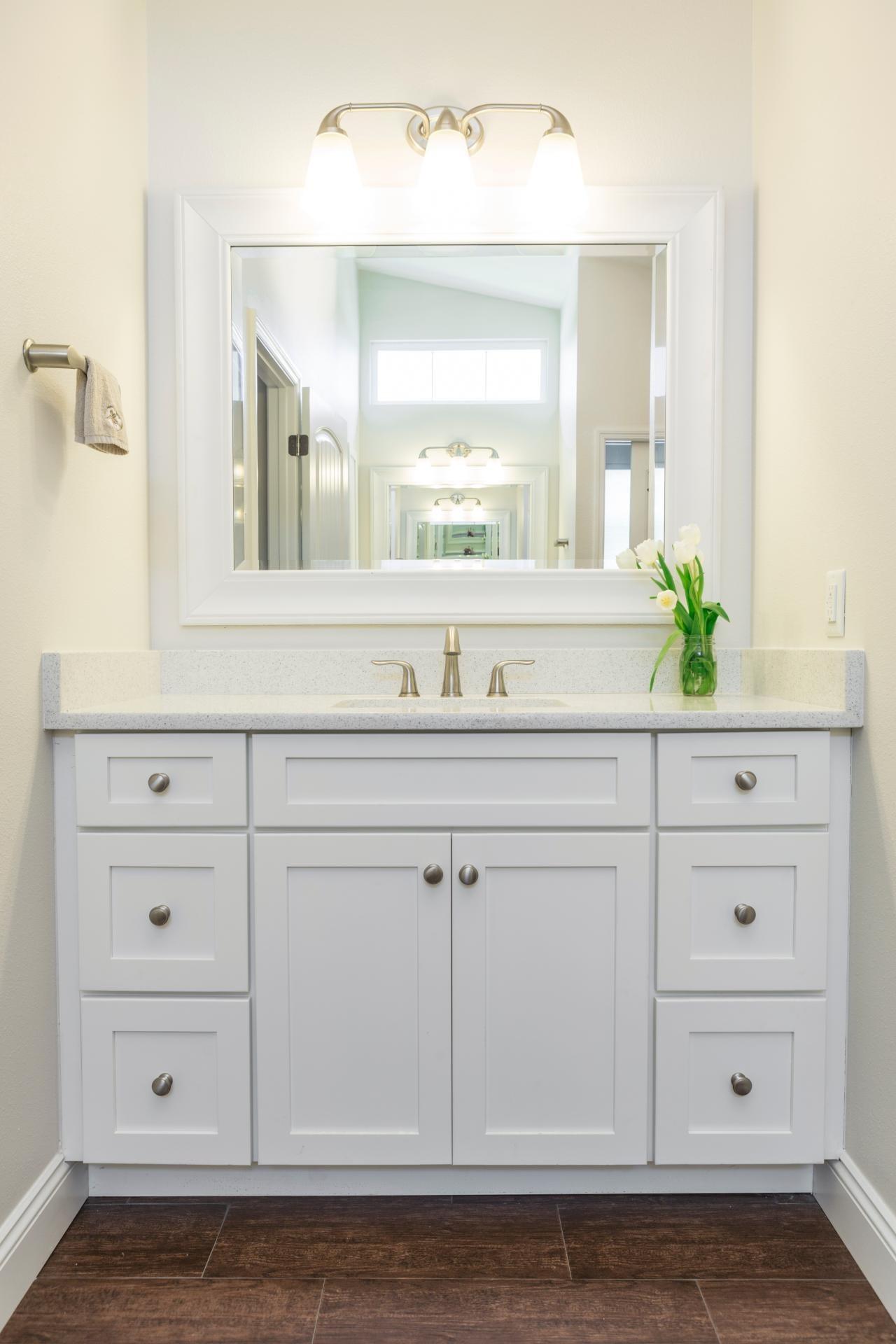 Stunning Shaker Style Bathroom Vanity Model Bathroom