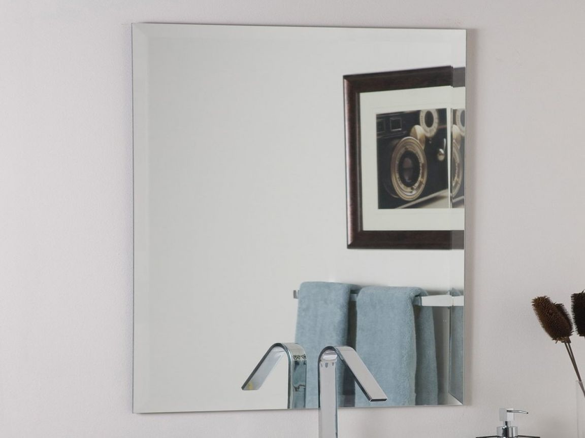 stylish bathroom pivot mirror image-Contemporary Bathroom Pivot Mirror Layout