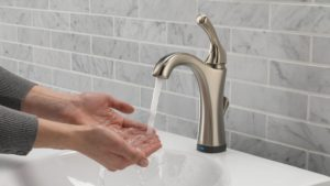 Touchless Bathroom Faucet Fantastic is A touchless Faucet Right for Your Bathroom Pattern