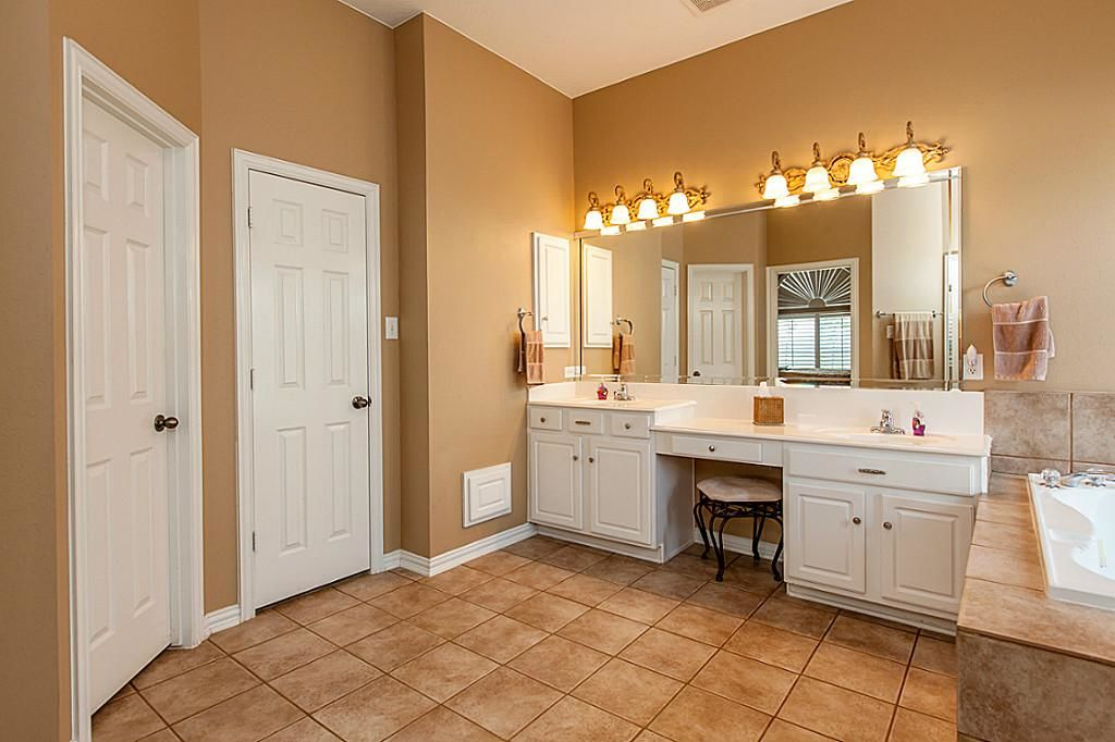 fresh bathroom vanity with makeup station photograph-Excellent Bathroom Vanity with Makeup Station Layout