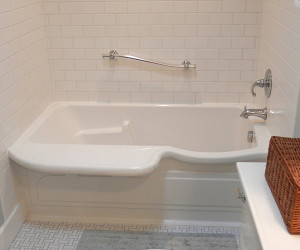 Bathtub You Can Lie Down In