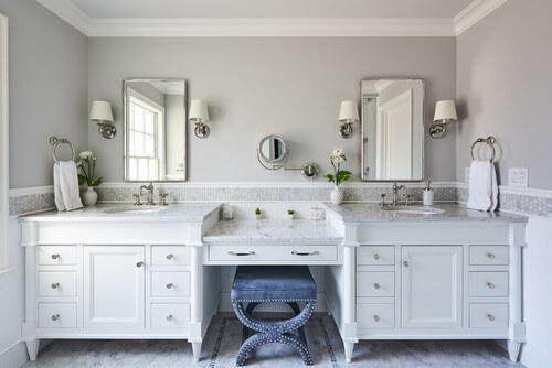 Rustic bathroom furniture cabinets
