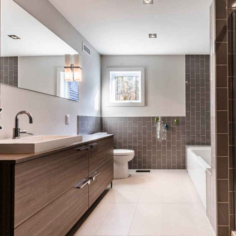 Modern and minimalist print that you can also get by aligning the colors of the bathroom all gray like this one